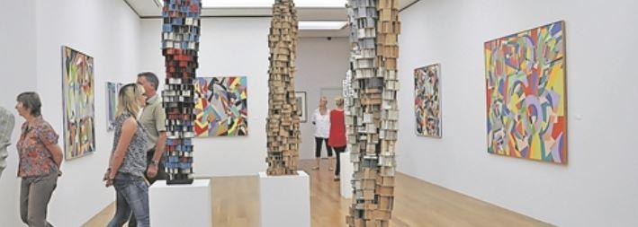Blick in Günther Hornigs Werkschau in der Städtischen Galerie Dresden Foto: Una Giesecke