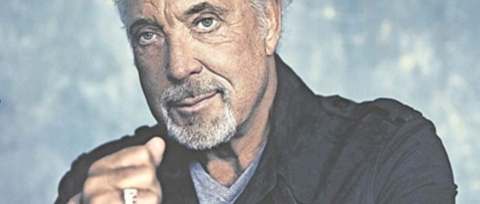 Tom Jones gibt ganz den Gentleman. Foto: Universal Music