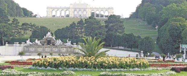 Die Donaumetropole Wien präsentiert das reiche Erbe ihrer Ausnahmeherrscherin beispielsweise auf Schloss Schönbrunn. Foto: Bernd Kregel